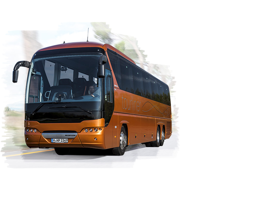 The NEOPLAN Tourliner L – offers passengers ample interior space and excellent driving comfort