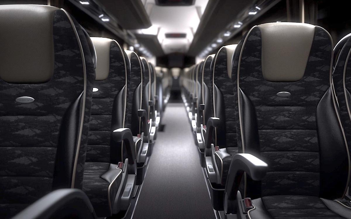 Сидячие места в автобусе NEOPLAN Tourliner